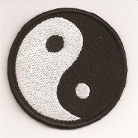embroidery patch YING YANG 6,2cm x 6,2cm