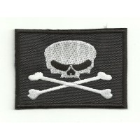 Embroidery Patch BANDERA PIRATA TIBIAS 7cm x 5cm