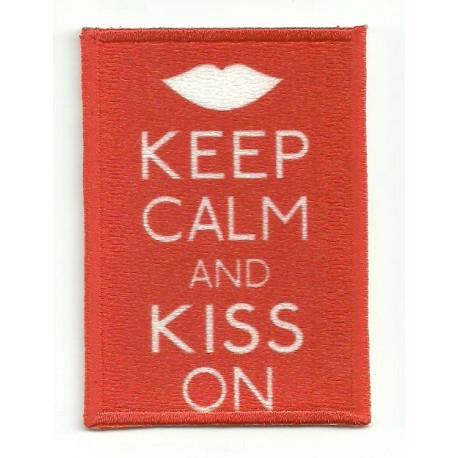 Parche bordado KEEP CALM KISS ON 7cm x 5cm