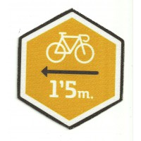 Textile patch RESPETA AL CICLISTA ORANGE 9cm x 10cm