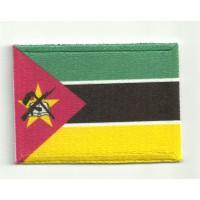 Parche bordado y textil MOZAMBIQUE 4cm x 3cm