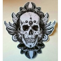 Textile patch SKULL FEATHERS 9cm x 9,5cm
