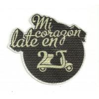 Textile patch VESPA VESPA MI CORAZÓN LATE EN 2 TIEMPOS 9cm x 8cm