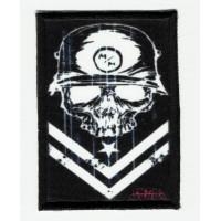 Parche textil y bordado METAL MULISHA bandera 2 5cm x 7cm